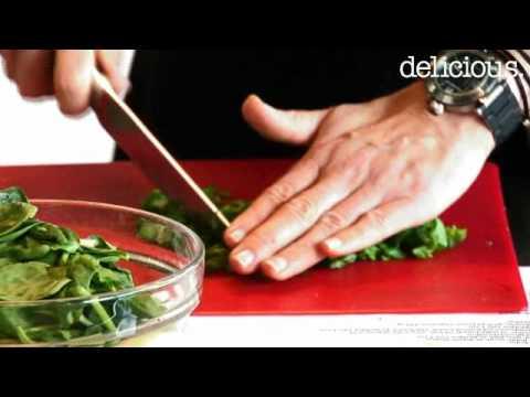 delicious. testkookt: ricotta kruiden-ravioli met spinazie en pijnboompitten
