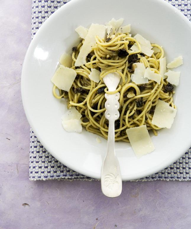 spaghetti met olijvenpasta