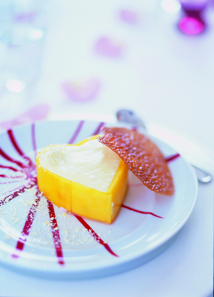 mangohart met witte chocolademousse