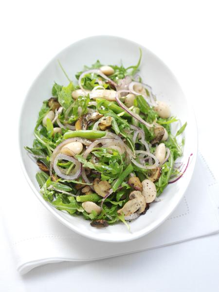 gemengde bonensalade met champignons
