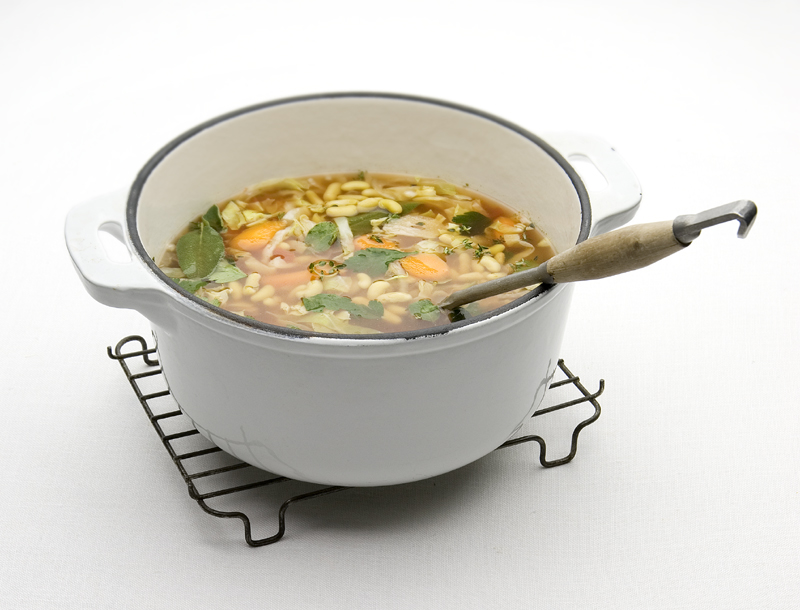 snelle Italiaanse bonensoep met groenten
