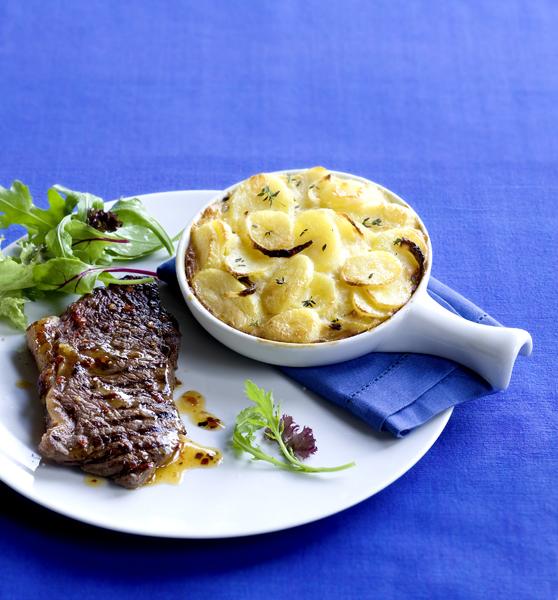 pittige entrecote met aardappel-uigratin