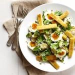 aardappelsalade met raapstelen, eitjes en soldaatjes - delicious