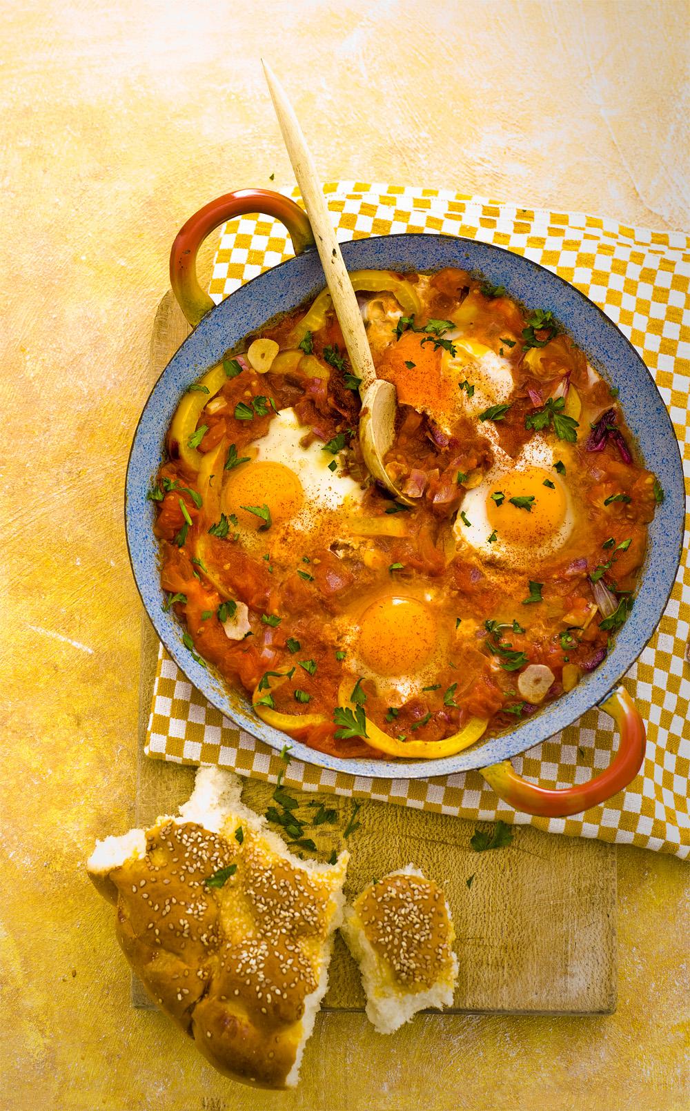 marokkaanse eieren in paprikasaus
