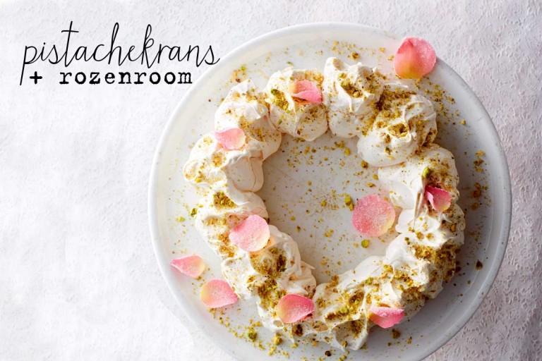 pistachekrans met rozenroom
