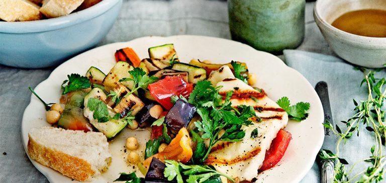 groentesalade met halloumi