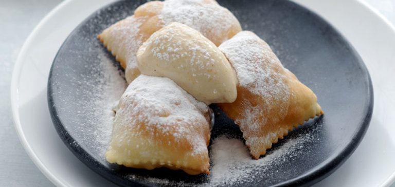 calcioni met amandelijs