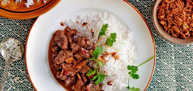 rendang-daging-delicious