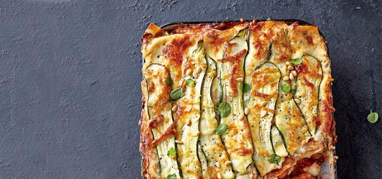 lasagne met gehaktballetjes en rozemarijnbechamel