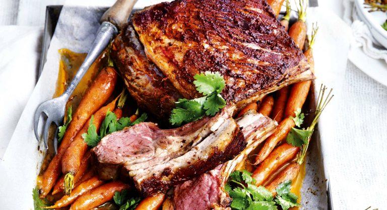 lamsvlees met harissa en worteltjes