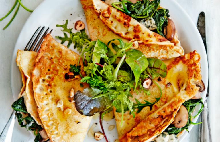 crêpes met spinazie en roquefort