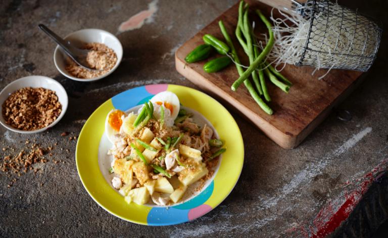 koken met 'n Thaise ananaskoningin