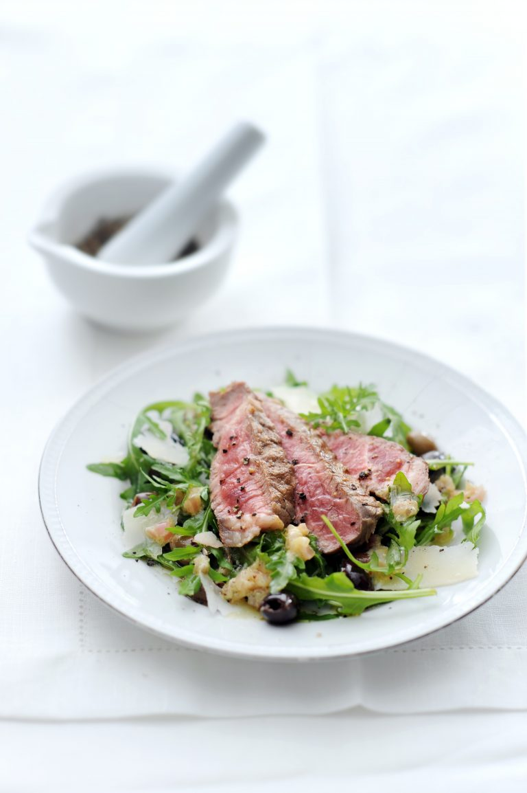 rucolasalade met gegrilde entrecote