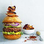 gekruide lamsburger met perenjam delicious. burgers