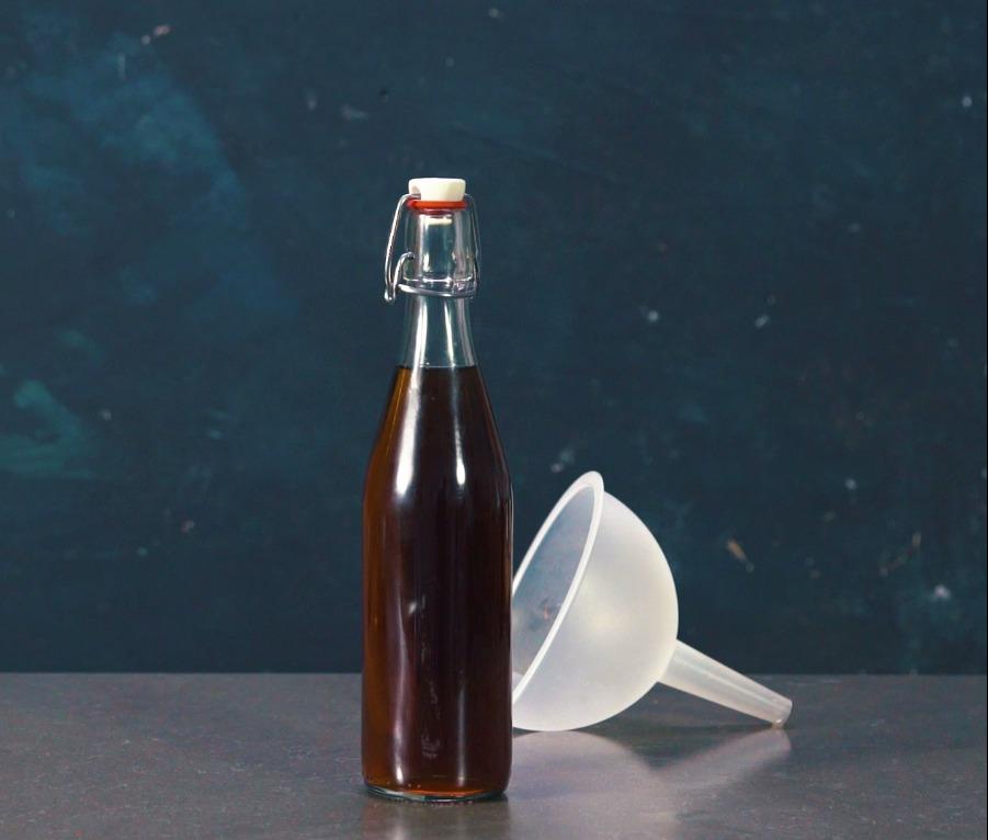 kruidige wijn- of theesiroop - delicious