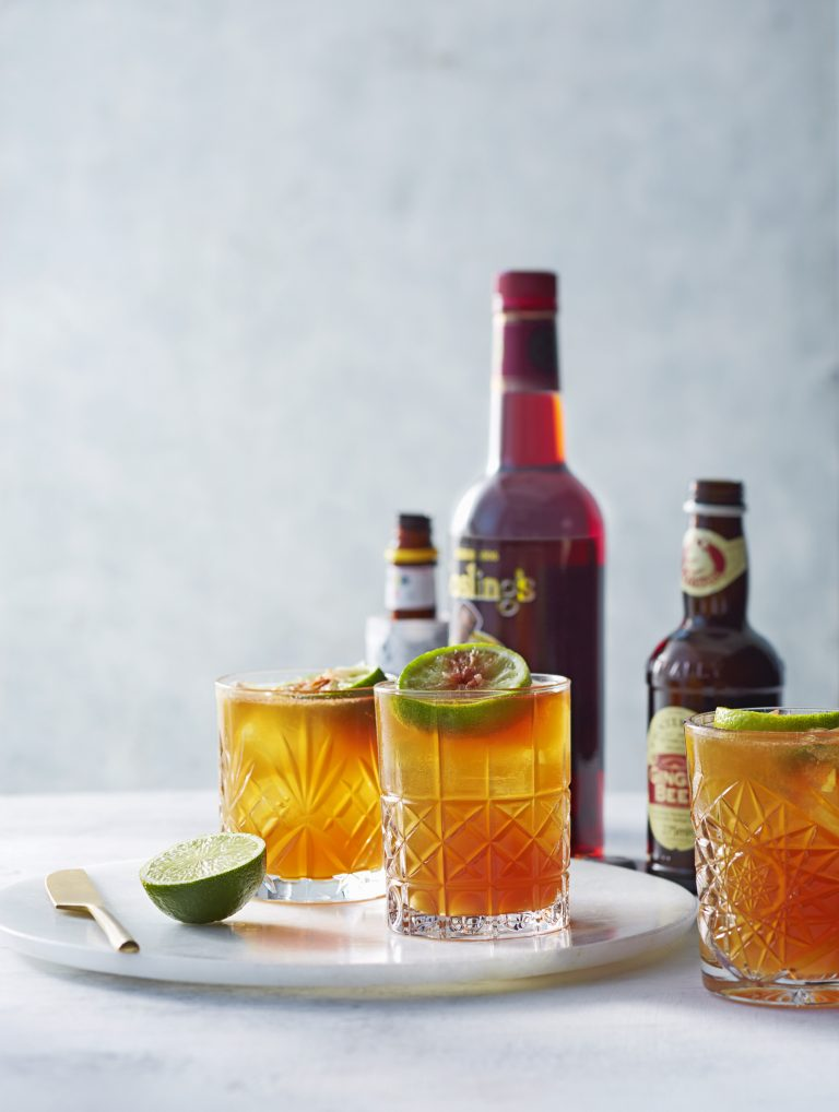 Cocktail: dark 'n stormy