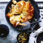 brikpastei met raclettekaas, rozemarijn en knoflook | delicious