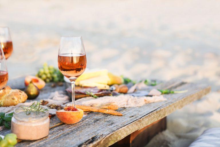 3x de lekkerste supermarktwijnen volgens delicious. vinologe Ellen Dekkers