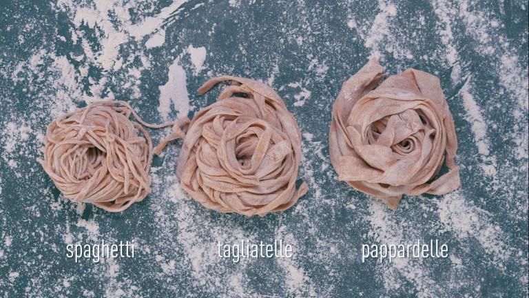 VIDEO | delicious. helpt: pasta maken zonder machine