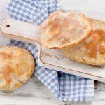 vvolkorenpitabroodjes maken | delicious