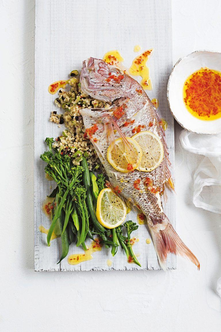 zeebaars met quinoa en olijven