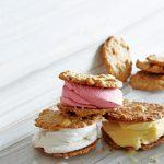 macadamiakoek ijssandwich | delicious