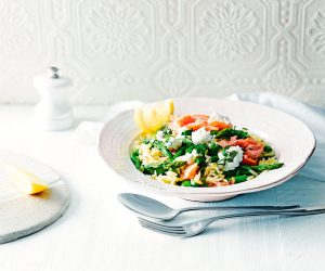 risoni met zalm en asperges - delicious