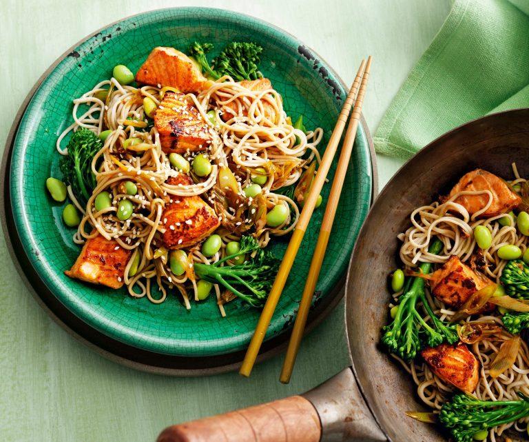 zalm met noodles - delicious