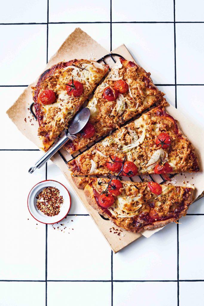 groentepizza met pittig 'gehakt' van bloemkool - delicious