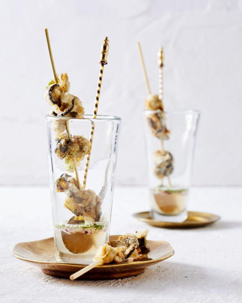 oester tempura met cava | delicious