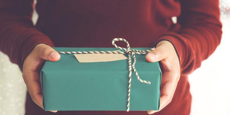 December is dé feestmaand, dus delicious. deelt uit!