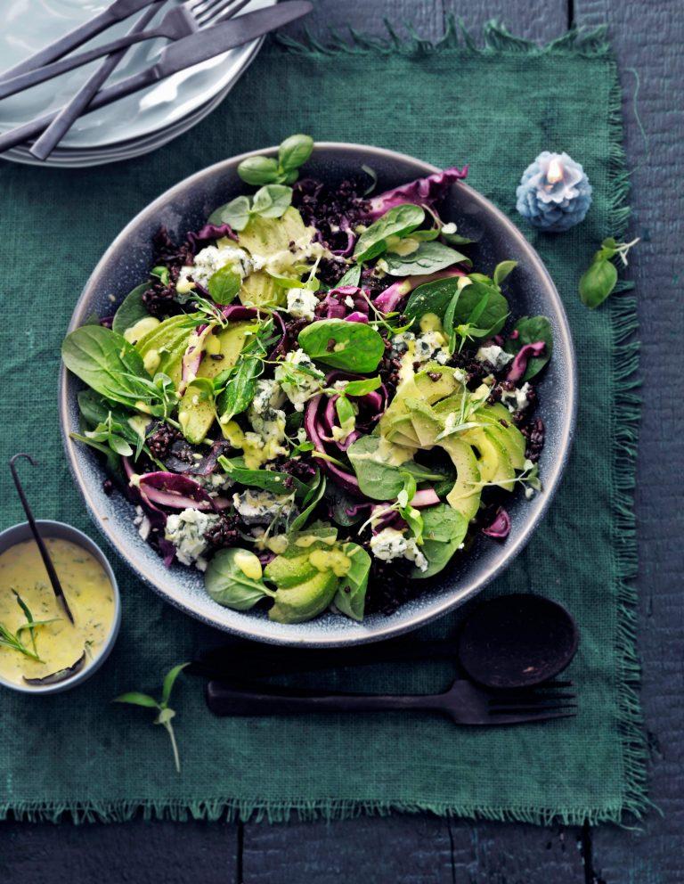 salade van gepekelde rode kool met roquefort
