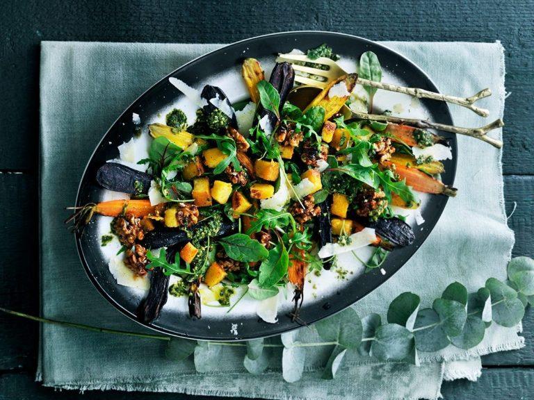 wortelsalade met krokante polenta en pestodressing