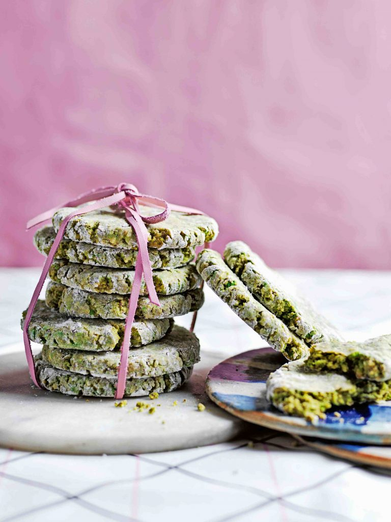 amaretti pistache - delicious