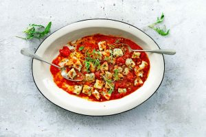 rucola-gnudi met pomodorinisaus-delicious