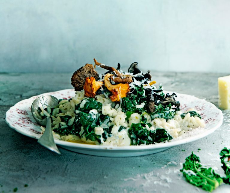 risotto met cavolo nero en paddenstoelen