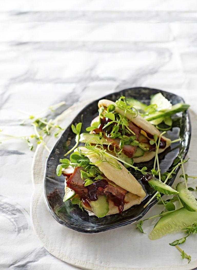 gestoomde-broodjes-varkensvlees-delicious