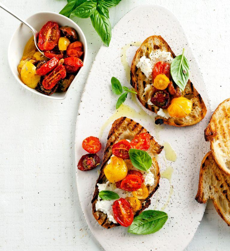 bruschette met tomatenconfit en ricotta
