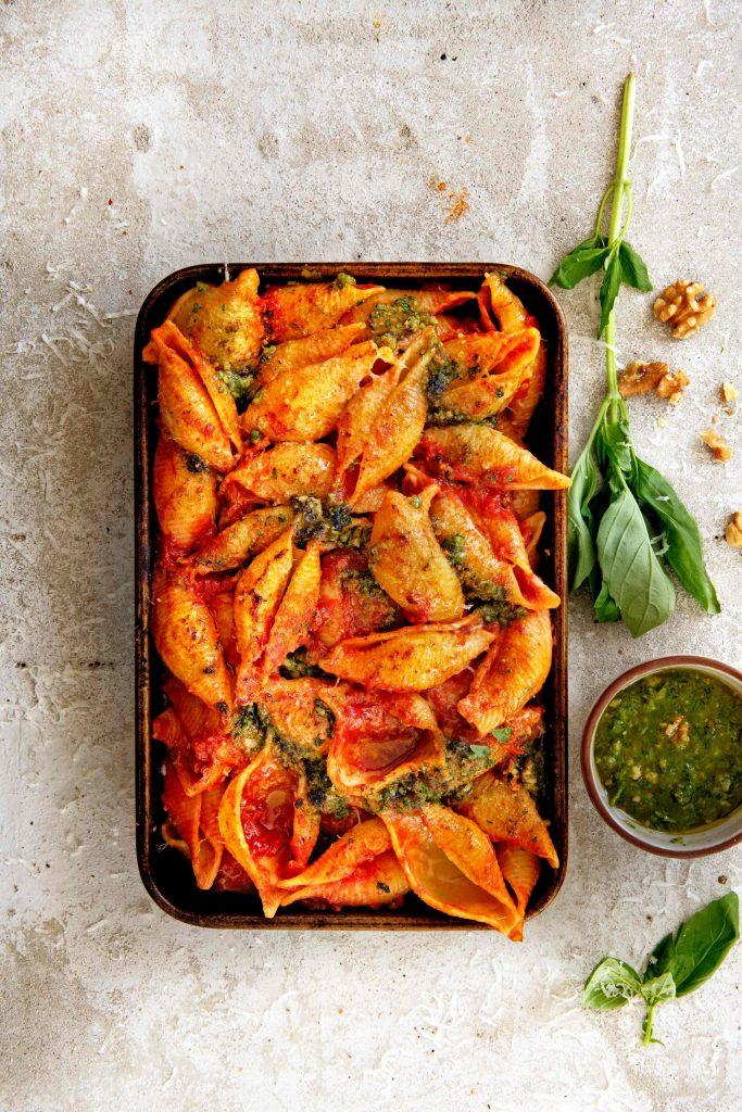 Gegratineerde pasta tomaten-chipotlesaus - delicious