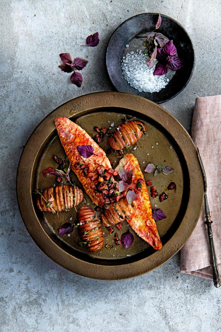 hollandse mul met dragonspekjes en rode tijm-aardappeltjes - delicious