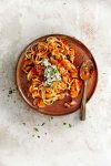 kipgoulash met linguine - delicious