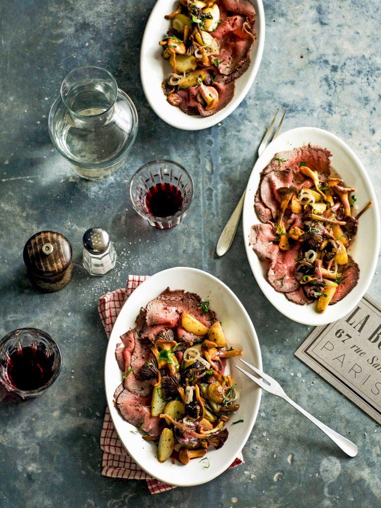 rosbief met cantharellen en rodewijndressing - delicious