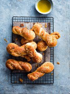 broodjes met kaas en salie