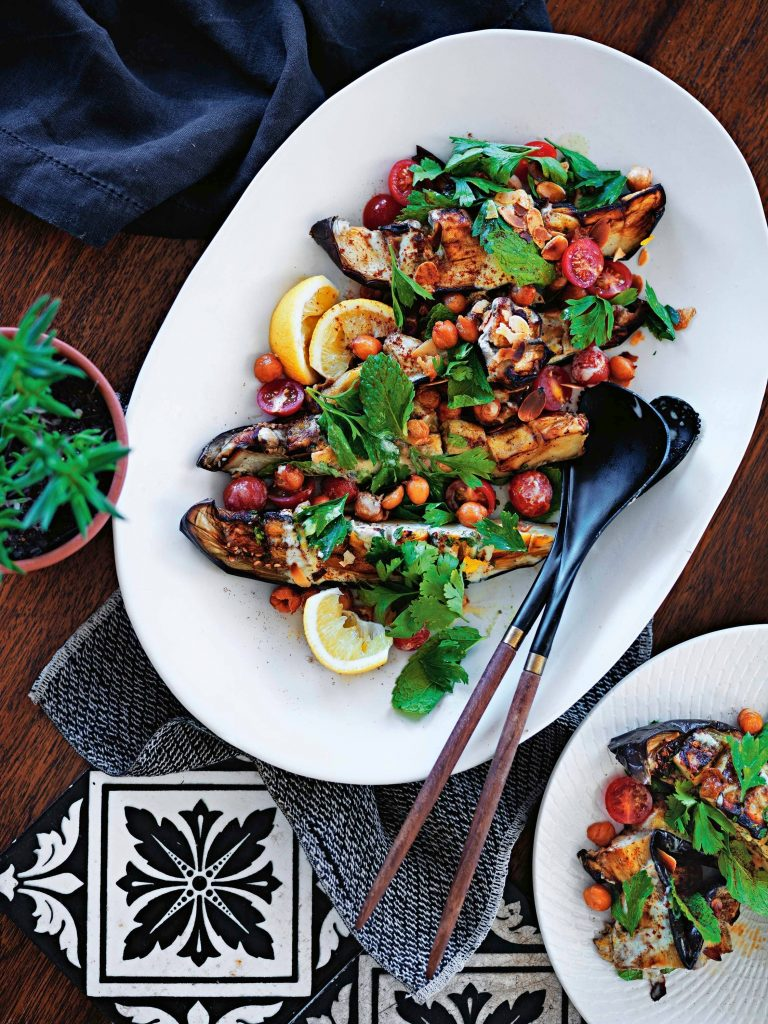 aubergines met tahinidressing - delicious