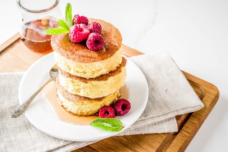 fluffy souffle pancake - delicious