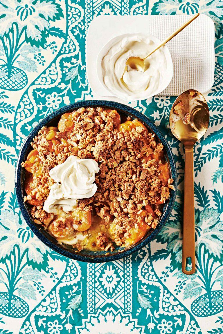 abrikozen met amaretti-crumble