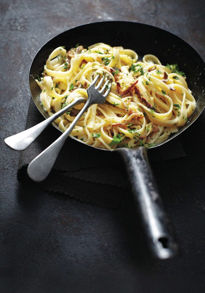 spaghetti alla carbonara - delicious