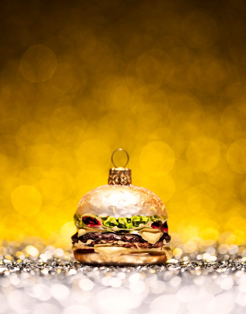 burger kerstbal - delicious