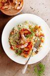 zoete-aardappelrisotto met pancetta, garnalen en dilleroom - delicious
