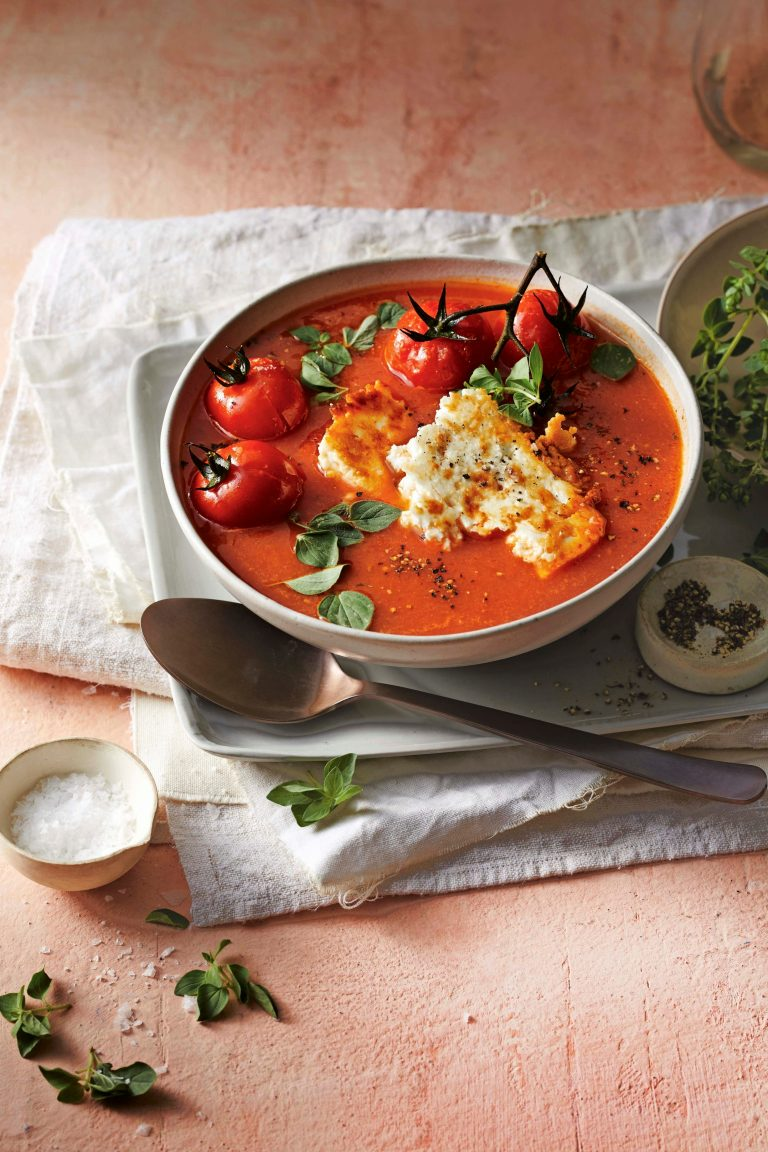 tomaten-paprika soep met feta - delicious